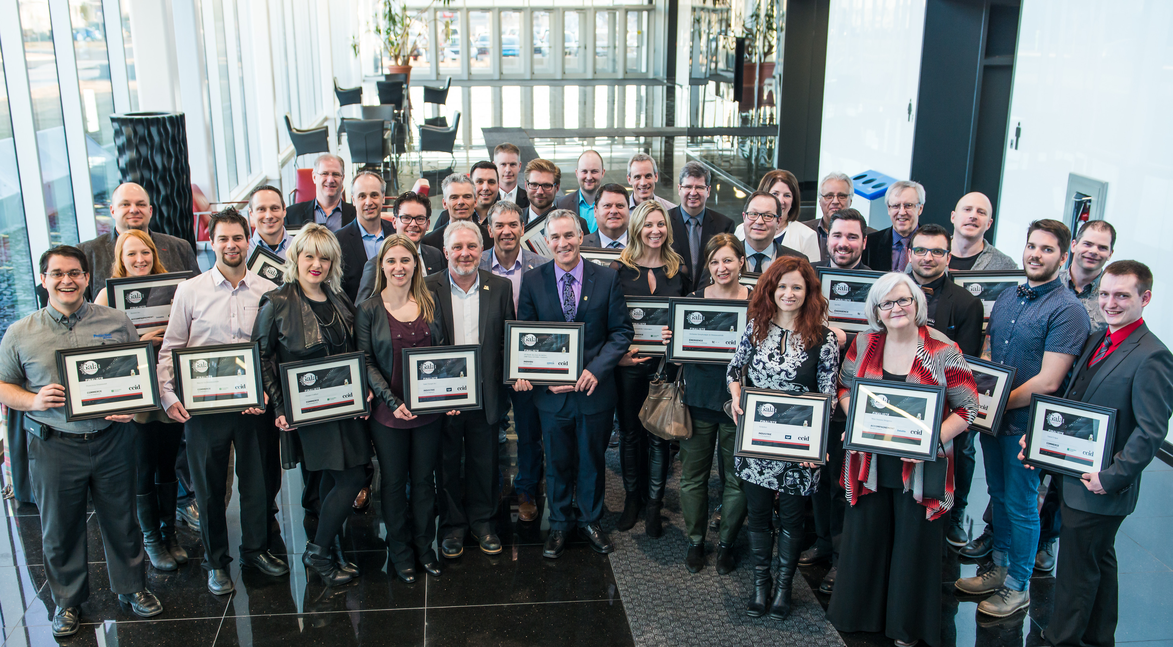 D voilement des finalistes du gala des napol on 2016 for Chambre de commerce de drummondville